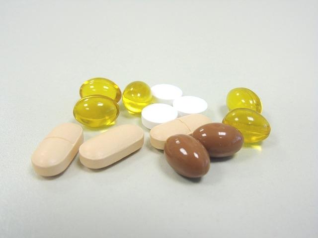 Витамини и минерали за посилни коски